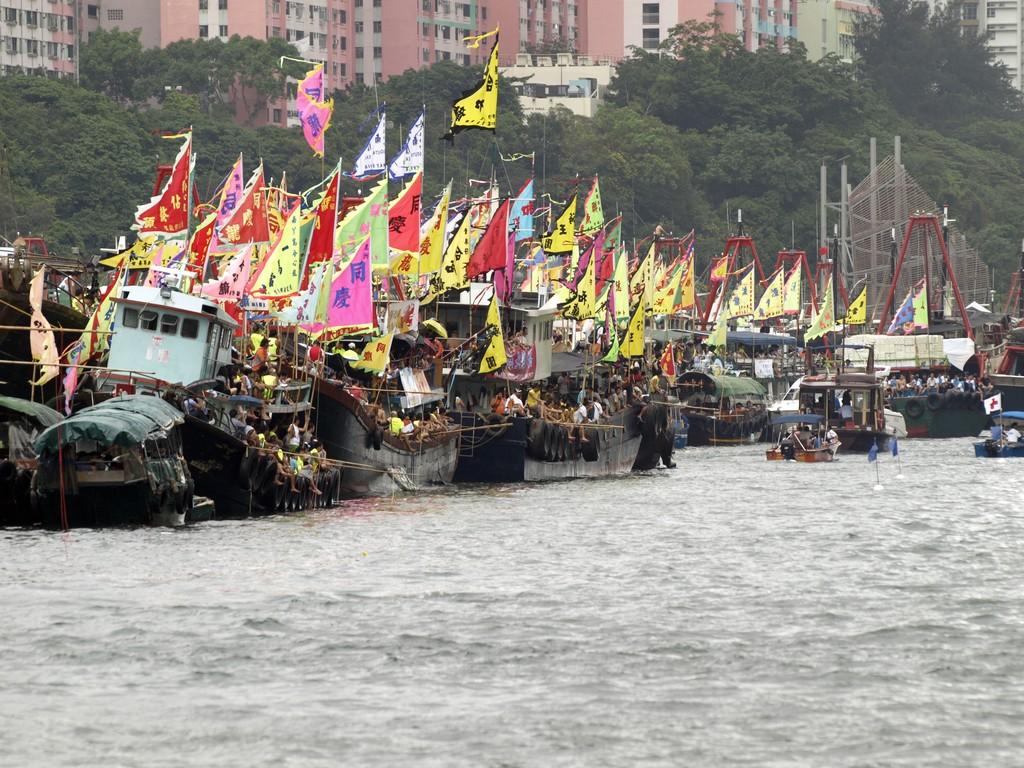 Drachenbootrennen Hongkong Zuschauer