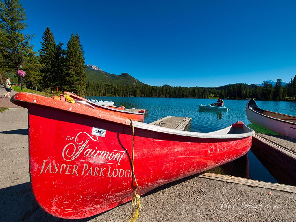Kanu Fairmont Jasper Park Lodge
