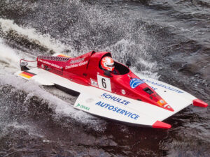 R-1000 Rennboot